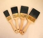 Warnish brush dark tops