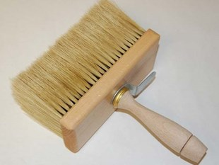 Distemper brush